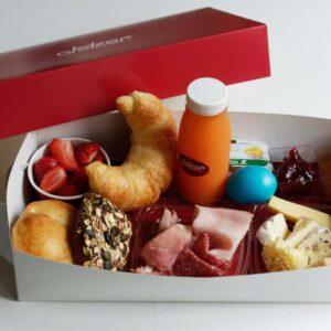 brunch_brunchbox_Jetzer_Bäckerei_Konditorei_Basel_Café_Confiserie_Feinbäckerei_Catering_Apéro_Partyservice