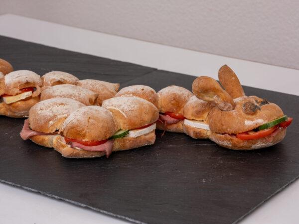 dazzelwurm_gefüllt_Jetzer_Bäckerei_Konditorei_Basel_Café_Confiserie_Feinbäckerei_Catering_Apéro_Partyservice