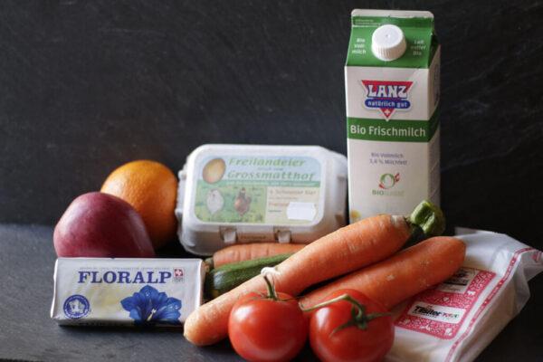 kombi_karotte_tomate_butter_käse_eier_milch_orange_apfel_