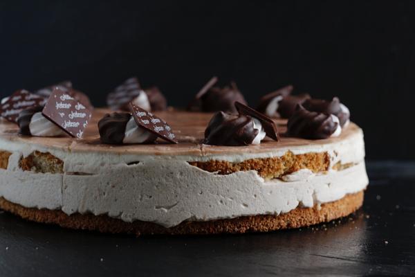Torte Marronimousse_Bäckerei_Konditorei_Basel_Café_Confiserie_Feinbäckerei_Catering_ApéroTorte Maronimousse