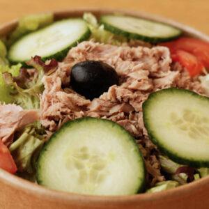 nizza-salat_Jetzer_Bäckerei_Konditorei_Basel_Café_Confiserie_Feinbäckerei_Catering_Apéro_Partyservice