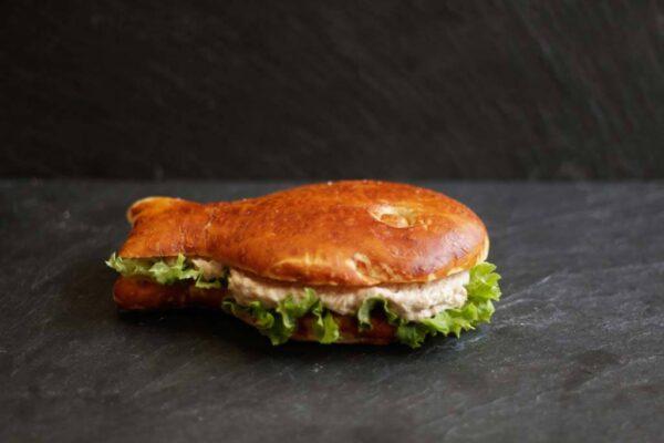 thon-laugenfisch_Jetzer_Bäckerei_Konditorei_Basel_Café_Confiserie_Feinbäckerei_Catering_Apéro_Partyservice